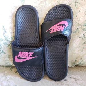 Women's Nike Benassi JDI Slides